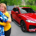 Surprising My Mom With Her Dream Car! *EMOTIONAL*